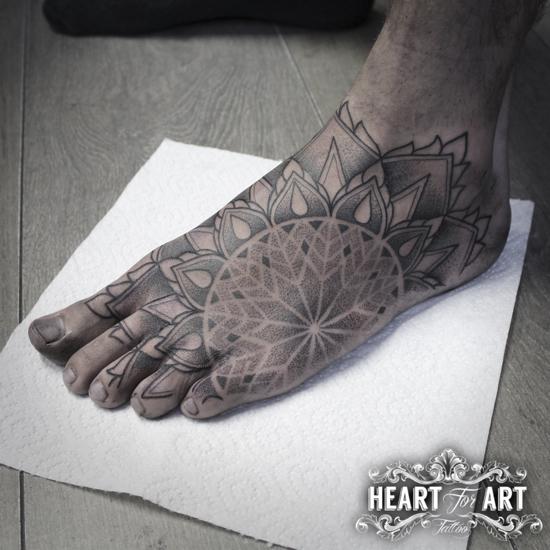 foot-mandala-tattoo